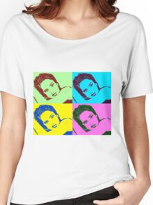 Salma Hayek- Pop Art Graphic T-shirt Women's Relaxed Fit T-Shirt