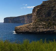 Xlendi Bay by davidandmandy