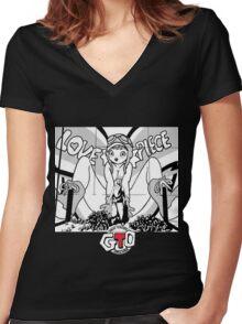 Great Teacher Onizuka Women's Fitted V-Neck T-Shirt