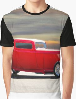 1932 Ford 'Riding Rod' Coupe Graphic T-Shirt