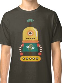 Quirky Retro Wind-up Robot Toy Classic T-Shirt