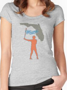 the new hit leader Women's Fitted Scoop T-Shirt