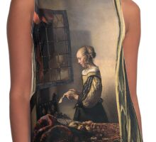 Girl reading a letter Contrast Tank