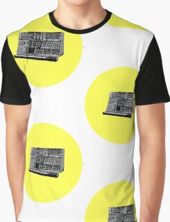 Moog modular Graphic T-Shirt