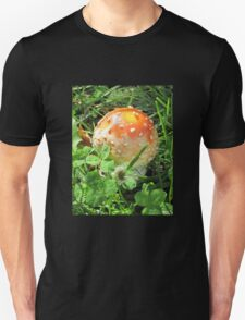 Red with White Poka-Dot Mushroom Unisex T-Shirt