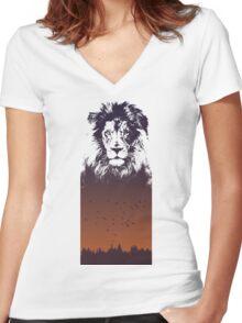 Sunset Lion Women's Fitted V-Neck T-Shirt