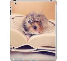 Hamster The Reader II iPad Case/Skin
