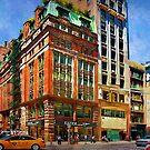 Manhattan Street Scene by Stuart Row