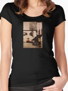 Marylin smokes Winston Women's Fitted Scoop T-Shirt