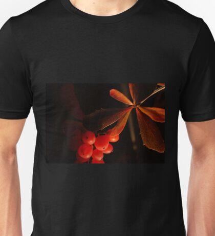 Leaves & berries Unisex T-Shirt