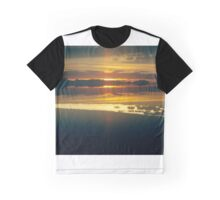A Perfect Dawn: Lens Interference Graphic T-Shirt