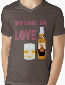 Drunk In Love ll Mens V-Neck T-Shirt