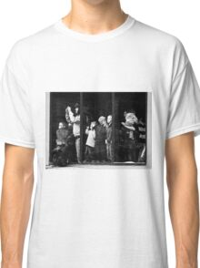 Alone in a crowd Classic T-Shirt