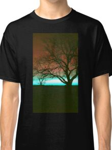 ViewsFromTheAether Tree Silhouette Classic T-Shirt