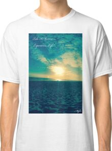 BEACH AND SUNSET Classic T-Shirt
