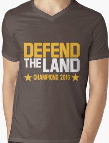 "Cleveland Cavaliers Champions 2016 ""DEFEND THE LAND"" KING JAMES LEBORN Mens V-Neck T-Shirt"