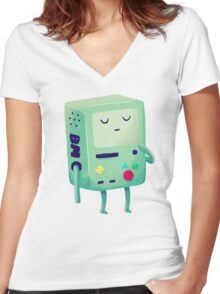 Who Wants To Play Video Games? Women's Fitted V-Neck T-Shirt