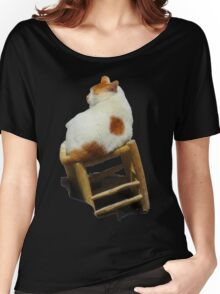 Cat playing perched Women's Relaxed Fit T-Shirt