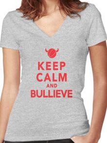 chicago bulls Women's Fitted V-Neck T-Shirt