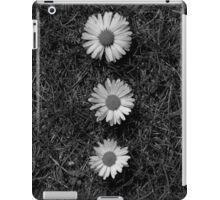 Black and white Dasies  iPad Case/Skin