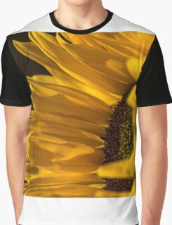Sunny Too Graphic T-Shirt