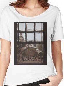 9:04, Waking up to snow Women's Relaxed Fit T-Shirt