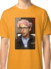 iDubbbzTV Flower Crown Classic T-Shirt