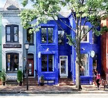 Colorful Street Alexandrai VA by Susan Savad