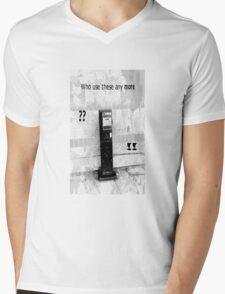 Telephone Love Mens V-Neck T-Shirt
