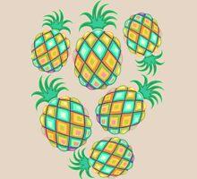 Pineapple Pastel Colors Pattern Unisex T-Shirt