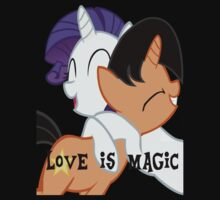 Nupie and Rarity: Love is Magic by Nupie