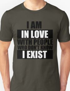in love Unisex T-Shirt