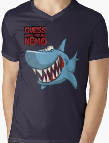 Guess who found Nemo Mens V-Neck T-Shirt