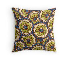 green doodle flower pattern Throw Pillow