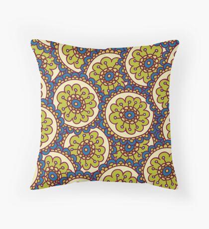 green doodle flower pattern Throw Pillow