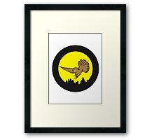 Hunt night owl bird Framed Print