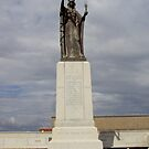 Troon War Memorial by biddumy