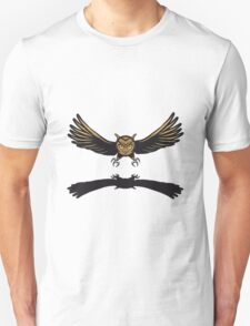 Fly OWL spread hunt Unisex T-Shirt