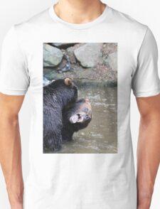 Combat d'ours Unisex T-Shirt