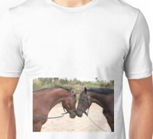 HORSES IN LOVE Unisex T-Shirt