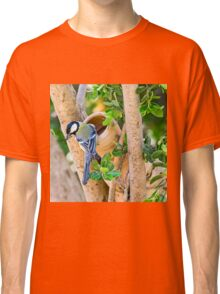 Great Tit (Parus major), is a passerine bird in the tit family Paridae.  Classic T-Shirt