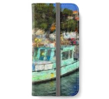 Fisher Boats in Niel Harbour iPhone Wallet/Case/Skin