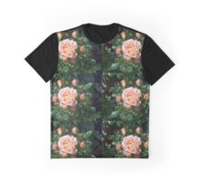 raindrops on roses in the sunshine Graphic T-Shirt