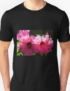 Bumble Bee Battle Unisex T-Shirt