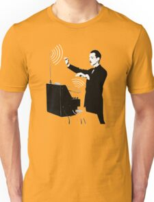Theremin virtuoso player Unisex T-Shirt