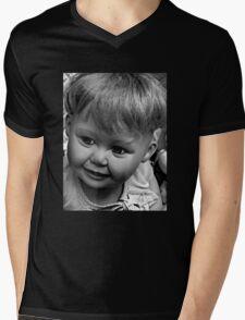 creepy doll Mens V-Neck T-Shirt