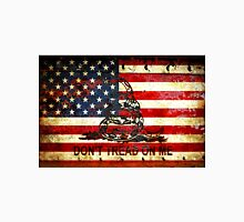 American Flag And Viper On Rusted Metal Door - Don't Tread On Me Unisex T-Shirt
