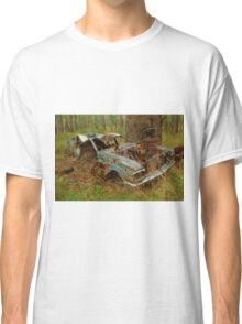 Old abandoned ford Classic T-Shirt