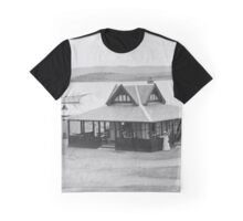 Granite Island Kiosk 1912 Graphic T-Shirt