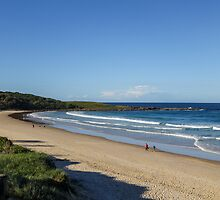 Late afternoon at Pippi Beach, Yamba by Gregory Hale